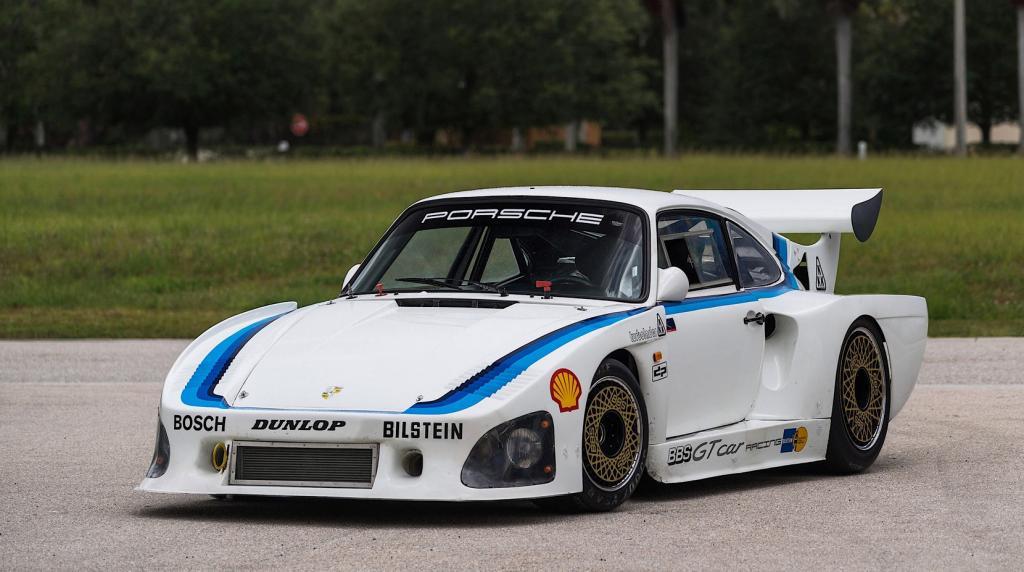 Porsche Pays Homage To 93578 Le Mans Race Car